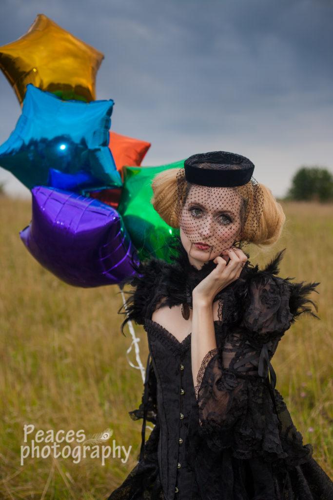 circus, freak show, freaks, shoot, unique, gypsy, gypsies, balloons